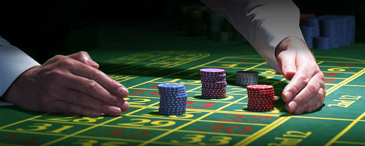 Invest money for the bets in the online casinos based on your gaming experience.