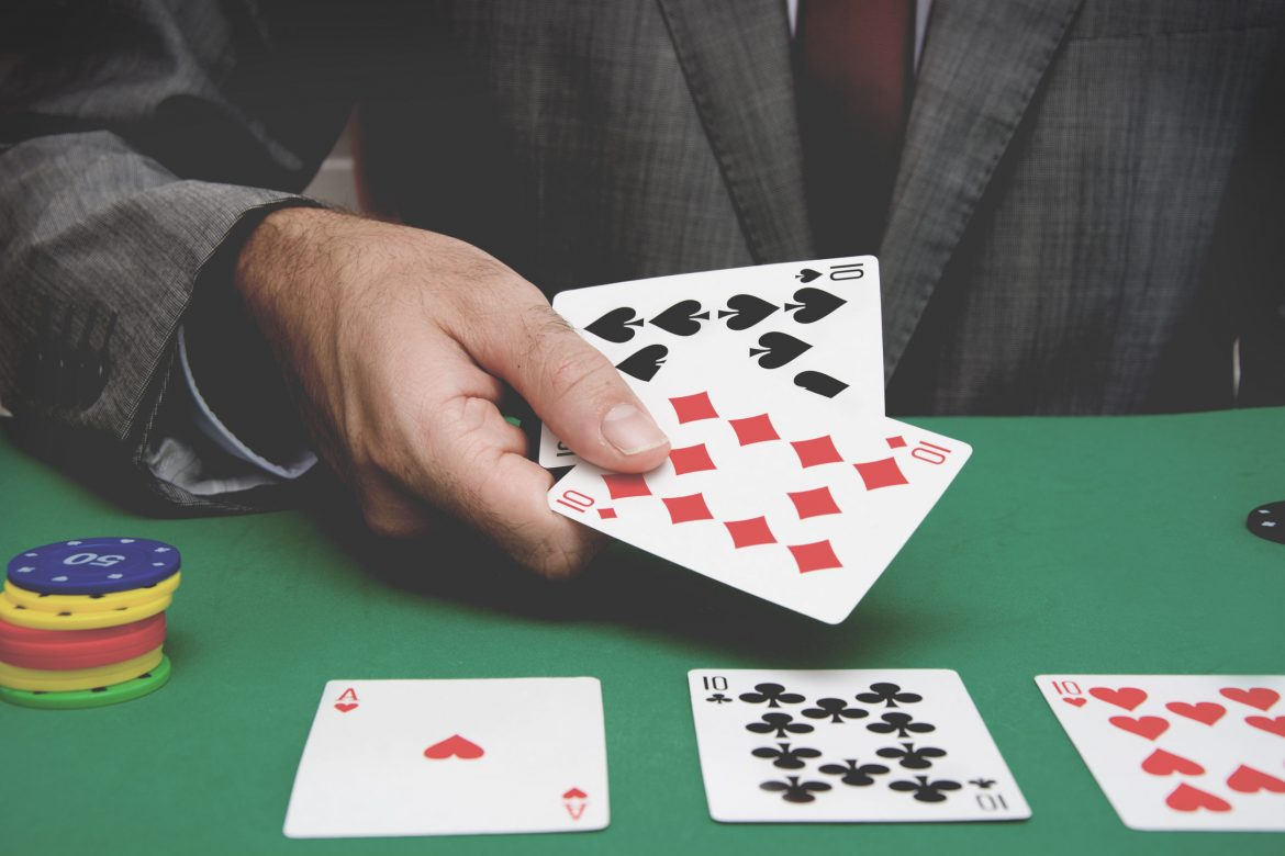 Online Pokerace99: Popularity and Legalities