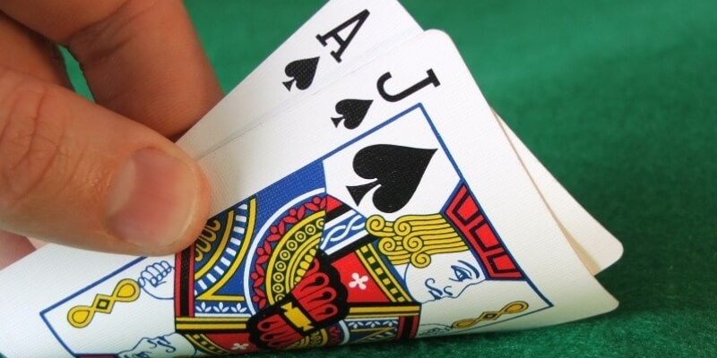 Win the daily and weekly bonuses if you are attracted to play the casino games